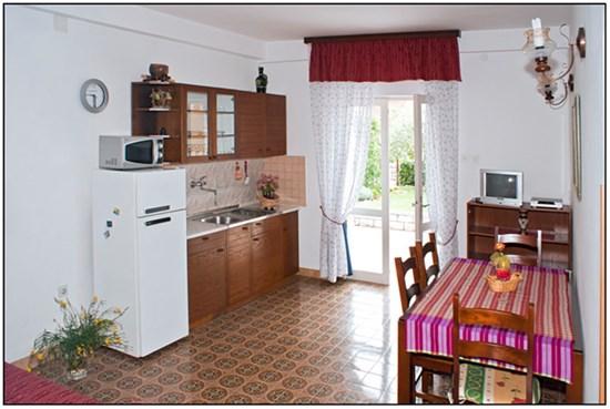 Appartamenti jolly porec for Camere a porec