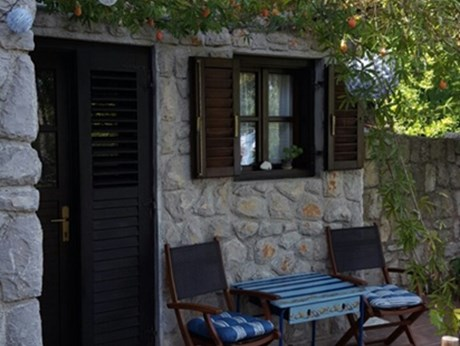 Appartamenti Nives Garden house, Nerezine